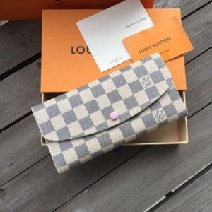 Small and charming LV wallet